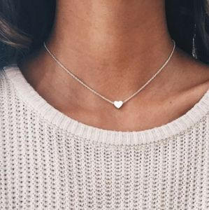 18k White Gold Plated Dainty Silver Heart Necklace